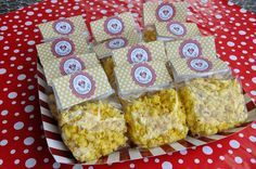 popcorn party favors | Minnie Mouse Birthday Party - popcorn favors | Party ideas