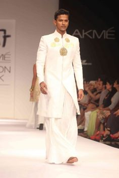 What Oberyn would wear, Nikhil Thampi India Fashion Men, Indian Men Fashion, Sherwani, Nikhil Thampi, Man Skirt, Mens Shirts Online, Medieval Fashion, Lakme Fashion Week, Indian Couture