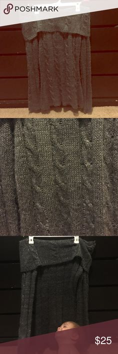 Sparkly cowl neck sweater Beautiful grey sparkle knit design. Cowl neck. Extra long. So cute with leggings! The toddler isn't for Sale 😂 Glimmer by JJ Basics Sweaters Cowl & Turtlenecks