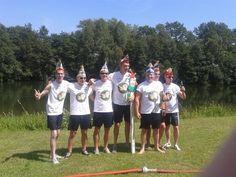 Het winnende team gisteren bij de #zeskamp #Babberich was het team van @schuumneuzen #Zevenaar. Zondag 20 juli 2014. Via twitter @schuumneuzen