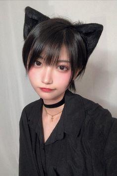 Beautiful Japanese Girl, Japanese Beauty, Beautiful Asian Girls, Asian Beauty, Asian Short Hair, Asian Hair, Girl Short Hair, Cute Asian Girls, Cute Girls