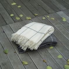 #Save 20% buying #soft, #cozy and #luxurious #throws and #blankets at #Woolme.