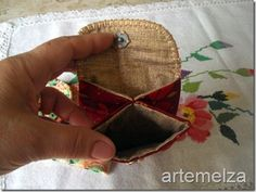 Coin purse......not in English but I think you can follow he picture directions.