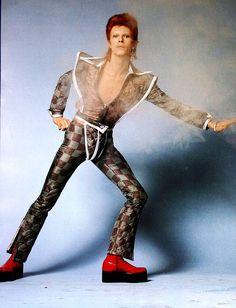 デヴィッド・ボウイ 60〜80年代のレア写真55枚をサイトVintage Everydayが特集紹介 - amass