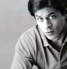 Shahrukh Khan Spicy Look Wallpaper << what is that caption? Hahaha