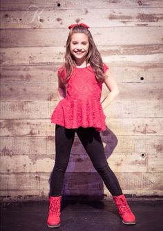 "Mackenzie Ziegler Modelled for ""Magnificent Magazine"" [2014]"