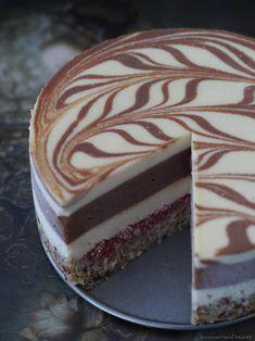 a raw vegan chocolate layer cake with strawberry jam -- grainfree, gluten-free, dairy-free, refined sugar-free #RawVegan