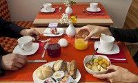 Semplice ma esaustiva la colazione del Raya Hotel Motel di mediglia vicino all'aeroporto di #Milano Linate #Nettopartners Hotel Breakfast, Did You Eat, Hotel Motel, Recipe Of The Day, Milano, Meals, Healthy, Meal, Health