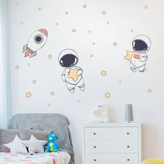 Wall Painting Decor, Baby Painting, Space Themed Nursery, Nursery Themes, Bedroom Murals, Kids Bedroom, Astronaut Nursery, Outer Space Decorations, Baby Room Art