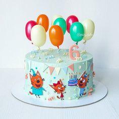 С виду вроде и не новогодний , но нет! Если у вас День Рождения 31 декабря, то как бы и новогодний торт получается . Дизайн этого торта неизменно вызывает восторг именинника и его гостей . И это просто счастье для меня . А чтобы 31 декабря торт радовал именинницу, мне его заказали аж в августе ☝️ . Торт Орео: нежные насыщенные шоколадные бисквиты на высококачественном французском какао, сливочно-сырный крем с кусочками печенья Орео. Вес торта 2 кг. #spicycake_торт #spicycake74...