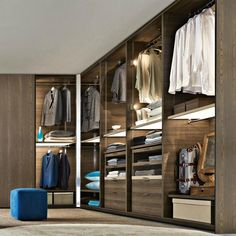 Gliss Quick Walk-in Closet System by Molteni & C with lighted shelving! Walk In Closet Design, Bedroom Closet Design, Bedroom Wardrobe, Wardrobe Closet, Wardrobe Design, Closet Designs, Master Closet, Open Wardrobe, Master Bedroom