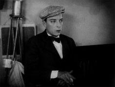 """Buster Keaton画像bot on Twitter: """"https://t.co/YNxuXL6wHR"""""""