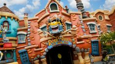 Wacky entrance to Roger Rabbit's Car Toon Spin attraction at Disneyland Park