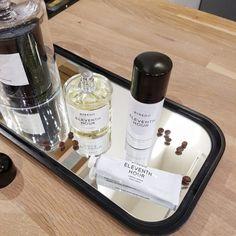 Metropoliten parfimerija i niche parfemi - Makeup Loving me Bath Caddy, Perfume, Skin Care, Skincare Routine, Skins Uk, Skincare, Asian Skincare, Fragrance, Skin Treatments