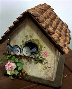 Decorative Bird Houses, Bird Houses Painted, Bird Houses Diy, Painted Boxes, Decorative Boxes, Diy Wood Projects, Projects To Try, Birdhouse Craft, Americana Crafts