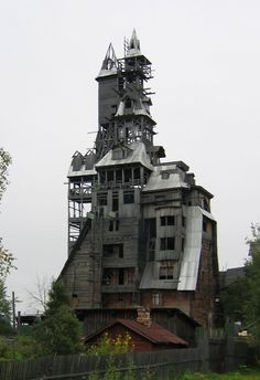 Sutyagin house in Arkhangelsk, Russia. Reportedly Russia's tallest wooden house. Sadly, it was demolished in 2009