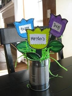 mother's day toddler craft, flower pics. it would be cuter with hands as the flowers