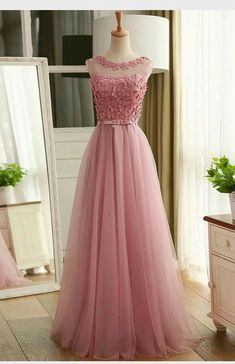 top trends fashion dresses for women's. Discover latest clothing trends from fashion's top designers, cute women's dresses online . Discover various styles and materials of dresses for women . Pink Prom Dresses, Grad Dresses, Quince Dresses, Homecoming Dresses, Bridesmaid Dresses, Flower Dresses, Women's Dresses, Dresses Online, Elegant Dresses