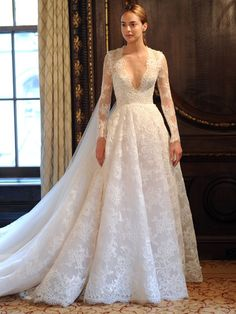 Monique Lhuillier Spring 2019: Polished Wedding Dresses Fit for a Princess | TheKnot.com