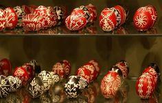 Zengővárkonyi Húsvét 2020. Várjuk a Míves Tojás Múzeumban! Ale, Christmas Bulbs, Holiday Decor, Pecs Hungary, Google Search, Christmas Light Bulbs, Ale Beer, Ales, Beer