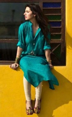 Mahira Khan - love her attire and the beautiful contrast of yellow and turquoise blue