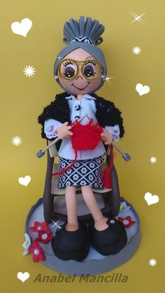 Foam Crafts, Diy And Crafts, Arts And Crafts, Paper Crafts, Clay Dolls, Doll Toys, Willy Wonka, Paper Clay, Fairy Dolls