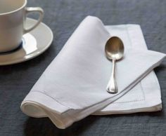 MarinaC - GRACE - napkin in pure white linen with hemstitch - shop.marinac.it #marinacmilano