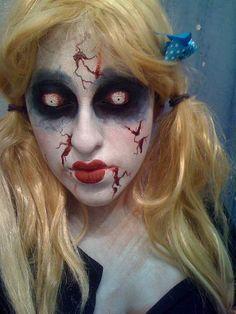 Creepy Doll: demonic eye + bloody cuts + cracking
