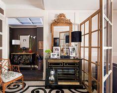 Conheça a casa do arquiteto Javier Castilla. Veja mais: www.casadevalenti... #decor #decoracao #interior #design #cozy #modern #moderno #casadevalentina