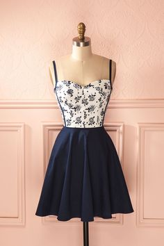 Maria-Clara - Navy blue and white floral sleeveless dress