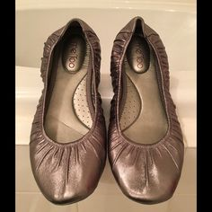 Bronze Metallic Ballet Flats Me Too bronze metallic ballet flats.  Only worn once.  100% leather upper.  Very comfortable and in excellent condition.  No box. me too Shoes Flats & Loafers
