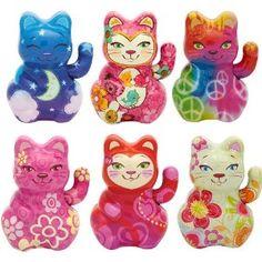 Tin lucky cat toys