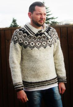 Alafoss (Ice wool) Lopi, made in Iceland. Hipster Design, Hipster Style, Hipster Fashion, Men's Fashion, Icelandic Sweaters, Men's Sweaters, Gifts For Him, Design Inspiration, Pullover