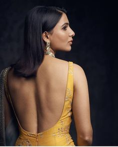 New Womens Hair Styles Bob Colour Ideas Beautiful Saree, Beautiful Indian Actress, Samantha Images, Samantha Ruth, Saree Backless, Indian Bikini, Babe, Sexy Blouse, Indian Beauty Saree