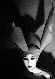 """theantidote: """"Metamorphosis by Sayaka Maruyama also """" Black White Photos, Black And White Photography, Fan Ho, Theatre Of The Absurd, Art Photography, Fashion Photography, Funky Hats, Work With Animals, Asian Doll"""