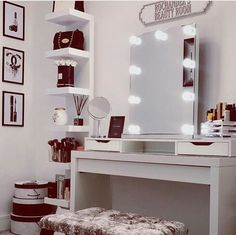 Teen girl bedrooms, pop by this info for one surprising superb teen girl room design, info number 7053641682 Bedroom Decor For Teen Girls, Teenage Girl Bedrooms, Bedroom Ideas, Bedroom Inspiration, Comfy Bedroom, Dream Bedroom, Bedroom Images, Cozy Room, Vintage Shabby Chic