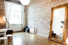 Échale un vistazo a este increíble alojamiento de Airbnb: Amazing and Extremely Central Flat - Departamentos en alquiler en Cracovia