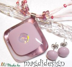 Púderes rózsaszín csillogás üvegékszer szett, nyaklánc, fülbevaló   (magdidesign) - Meska.hu