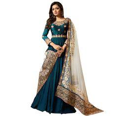 Looking to buy Anarkali online? ✓ Buy the latest designer Anarkali suits at Lashkaraa, with a variety of long Anarkali suits, party wear & Anarkali dresses! Fashion Mode, Abaya Fashion, Indian Fashion, Fashion Dresses, Style Fashion, Fashion Trends, Indian Gowns Dresses, Pakistani Dresses, Indian Outfits
