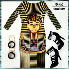 """....walk like an Egyptian""   #banglesband #walklikeanegyptian #madrag #ootd"