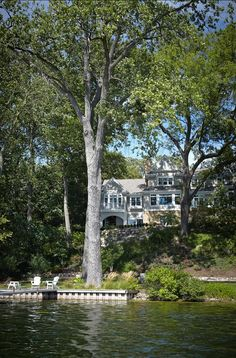 608 great lovely houses at the beach and lake images beach homes rh pinterest com