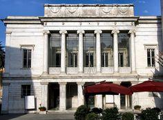 Teatro degli Animosi   Carrara   Piazza Cesare Battisti   Anno 1840   Capienza 440 posti   Web: http://www.comune.carrara.ms.gov.it/archivio10_notizie-e-comunicati_0_1492.html