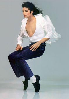 Michael Jackson's 1989 Vanity Fair appearance, photographed by Annie Leibovitz.