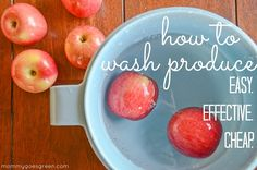How to Wash Produce with Vinegar 1.  Fill up a bowl with 24 ounces of water, depending on the amount of produce.  2. Add the 8 ounces of white vinegar and stir. (3 to 1 ratio of water to vinegar)  3. Add the produce to the mixture.  4. Let sit for a couple minutes.  5. Rinse.  6. Cut off stems and blossoms as bacteria can get trapped in them.