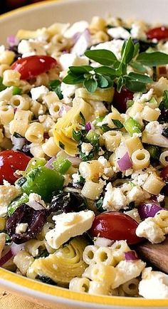 GP: try the dressing recipe! Mediterranean Pasta Salad - Classic Greek flavors and ingredients combined into a delicious pasta salad. The dressing in this recipe is not to be missed! Mediterranean Pasta Salads, Mediterranean Diet Recipes, Mediterranean Style, Mediterranean Chicken, Vegetarian Recipes, Cooking Recipes, Healthy Recipes, Cooking Tips, Healthy Dishes