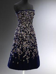 Christian Dior - Robe de soirée 'Bosphore' de 'La Ligne Aimant (1956)