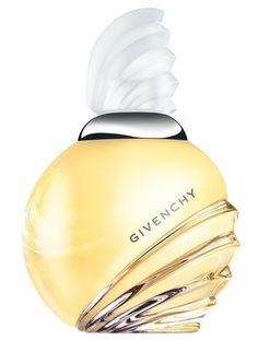 Najciekawsze damskie zapachy od Givenchy. http://womanmax.pl/najciekawsze-damskie-zapachy-givenchy/
