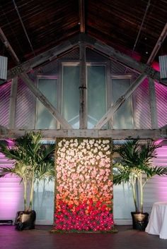Amazing ombre flower wall