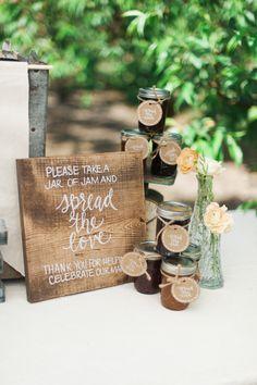 Photography : Christa-Taylor Read More on SMP: http://www.stylemepretty.com/oregon-weddings/hillsboro/2015/07/07/rustic-romantic-farm-to-table-wedding-inspiration/