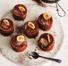 Bananen-Tartufo-Parfait Rezept - [ESSEN UND TRINKEN] Sorbet, Sweet Recipes, Cravings, Muffins, Cheesecake, Ice Cream, Sweets, Candy, Breakfast